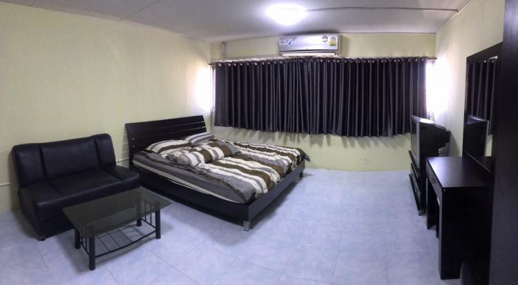 ให้เช่าห้อง   ห้องเล็กด้านนอก อาคาร T4 ชั้น 14
