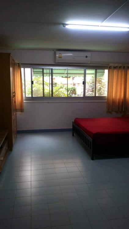 ให้เช่าห้อง   ห้องขนาดกลางด้านใน อาคาร C4 ชั้น 2