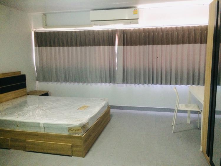 ให้เช่าห้อง   ห้องเล็กด้านนอก อาคาร C2 ชั้น 7