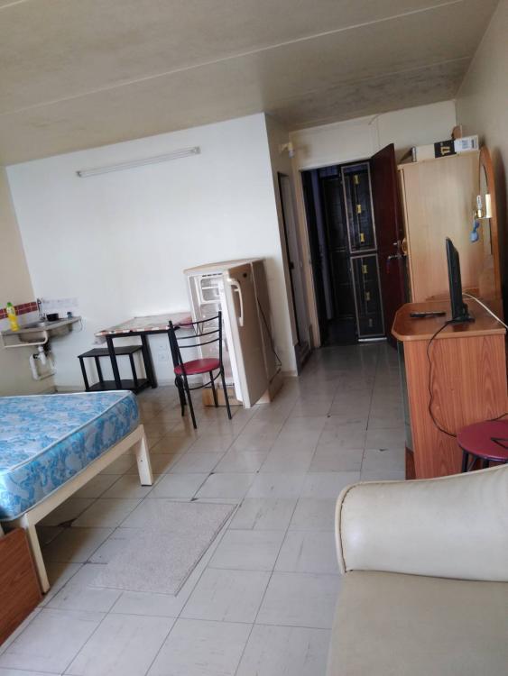 ให้เช่าห้อง   ห้องเล็กด้านนอก อาคาร C5 ชั้น 1