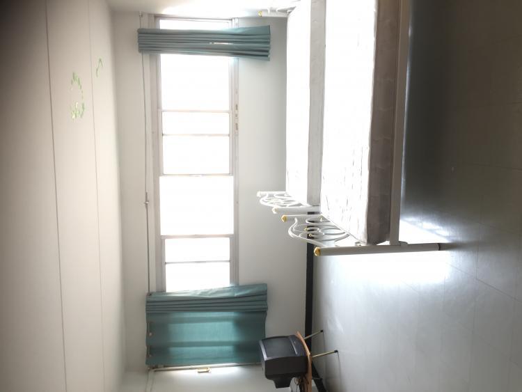 ให้เช่าห้อง   ห้องเล็กด้านใน อาคาร T8 ชั้น 11