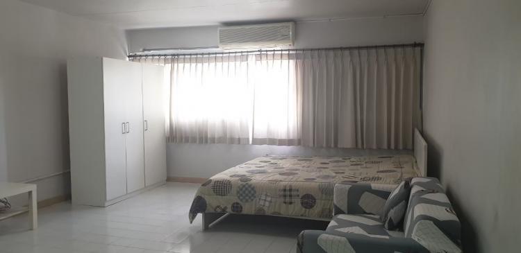 ให้เช่าห้อง   ห้องเล็กด้านใน อาคาร T6 ชั้น 2