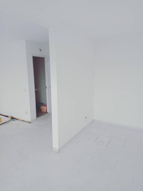 ขายห้อง ห้องขนาดกลางด้านนอก อาคาร C6 ชั้น 6