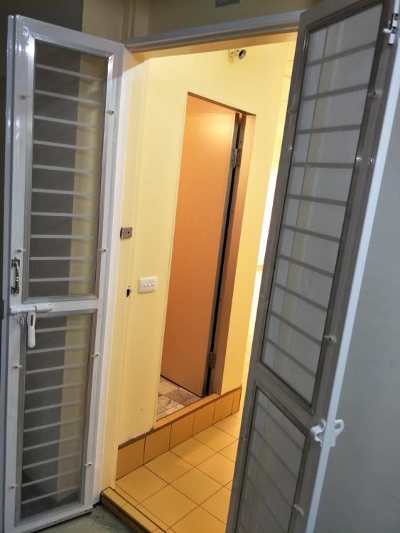 ให้เช่าห้อง   ห้องเล็กด้านใน อาคาร T2 ชั้น 8
