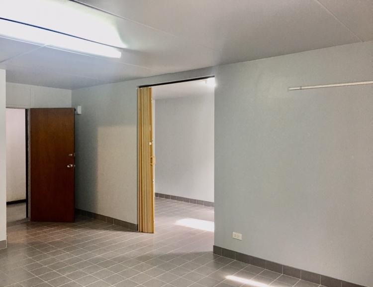 ให้เช่าห้อง   ห้องขนาดกลางด้านใน อาคาร C1 ชั้น 13