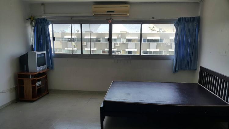 ให้เช่าห้อง   ห้องเล็กด้านนอก อาคาร C8 ชั้น 16
