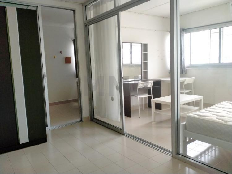 ให้เช่าห้อง   ห้องขนาดกลางด้านนอก อาคาร P2 ชั้น 11