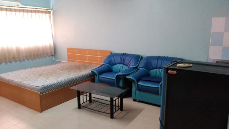 ให้เช่าห้อง   ห้องเล็กด้านนอก อาคาร C8 ชั้น 15