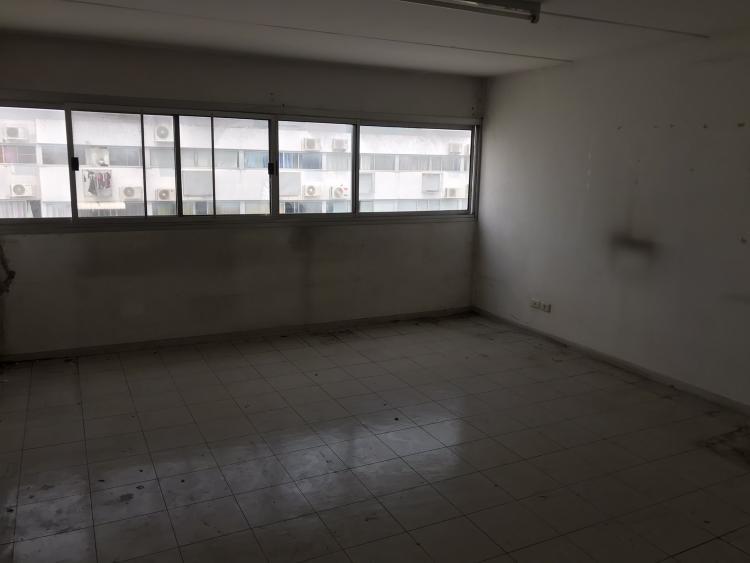 ขายห้อง ห้องขนาดกลางด้านนอก อาคาร C8 ชั้น 16