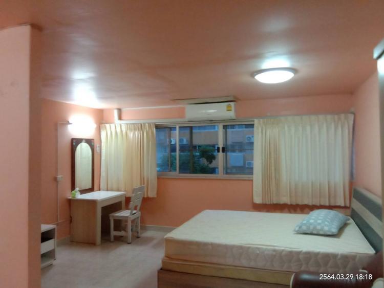 ให้เช่าห้อง   ห้องเล็กด้านใน อาคาร T5 ชั้น 4