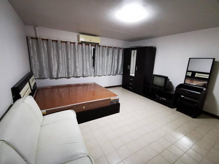 ให้เช่าห้อง   ห้องเล็กด้านใน อาคาร C8 ชั้น 13