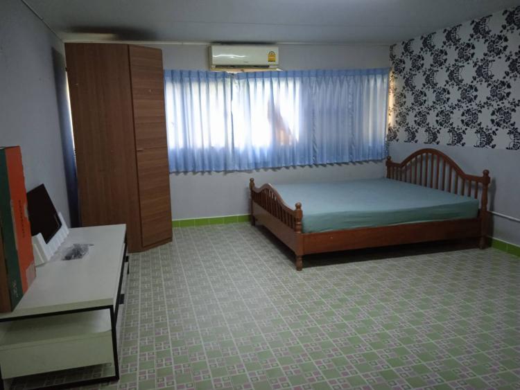 ให้เช่าห้อง   ห้องเล็กด้านใน อาคาร T5 ชั้น 3