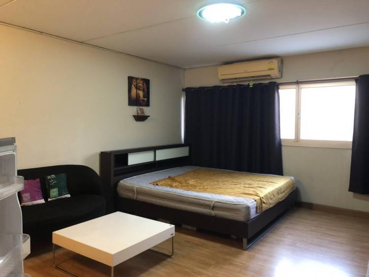 ให้เช่าห้อง   ห้องเล็กด้านใน อาคาร T8 ชั้น 10