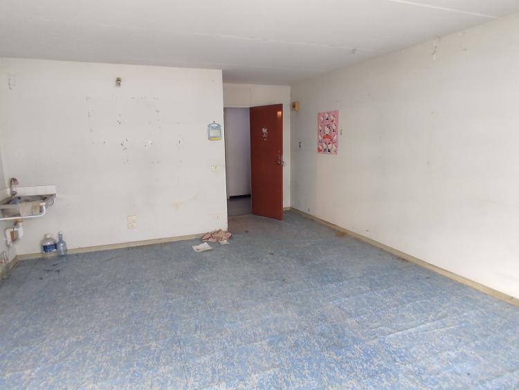 ขายห้อง ห้องเล็กด้านนอก อาคาร T6 ชั้น 10