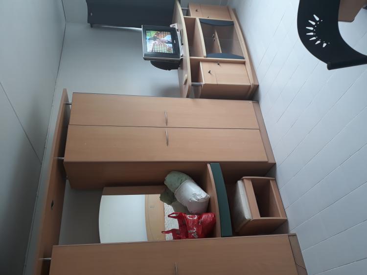 ให้เช่าห้อง   ห้องเล็กด้านนอก อาคาร C9 ชั้น 13